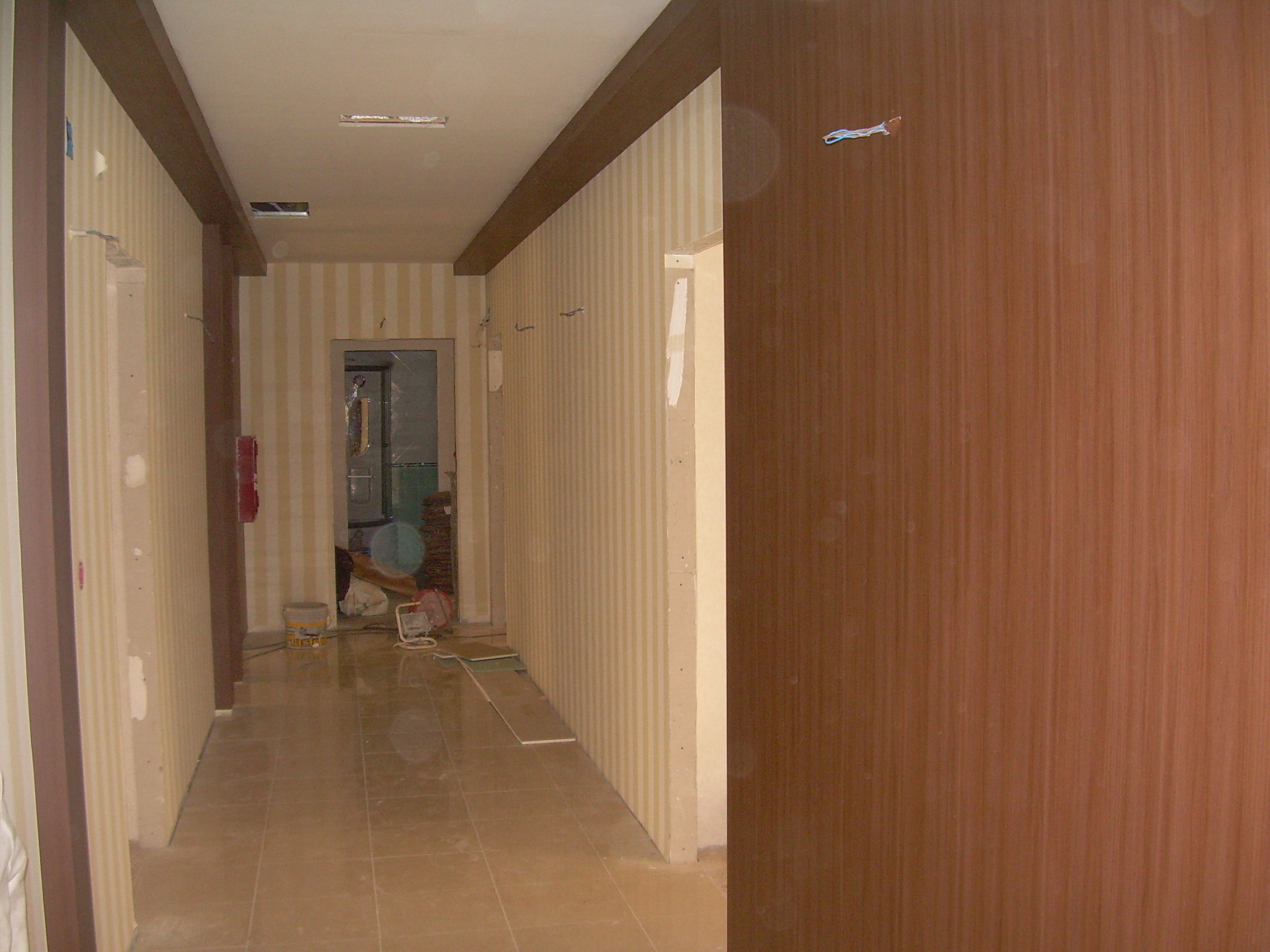 Lucrari de amenajare interioare cu tapet  - Poza 73