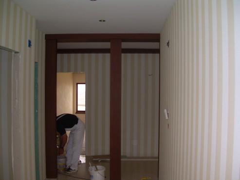 Lucrari de amenajare interioare cu tapet  - Poza 94