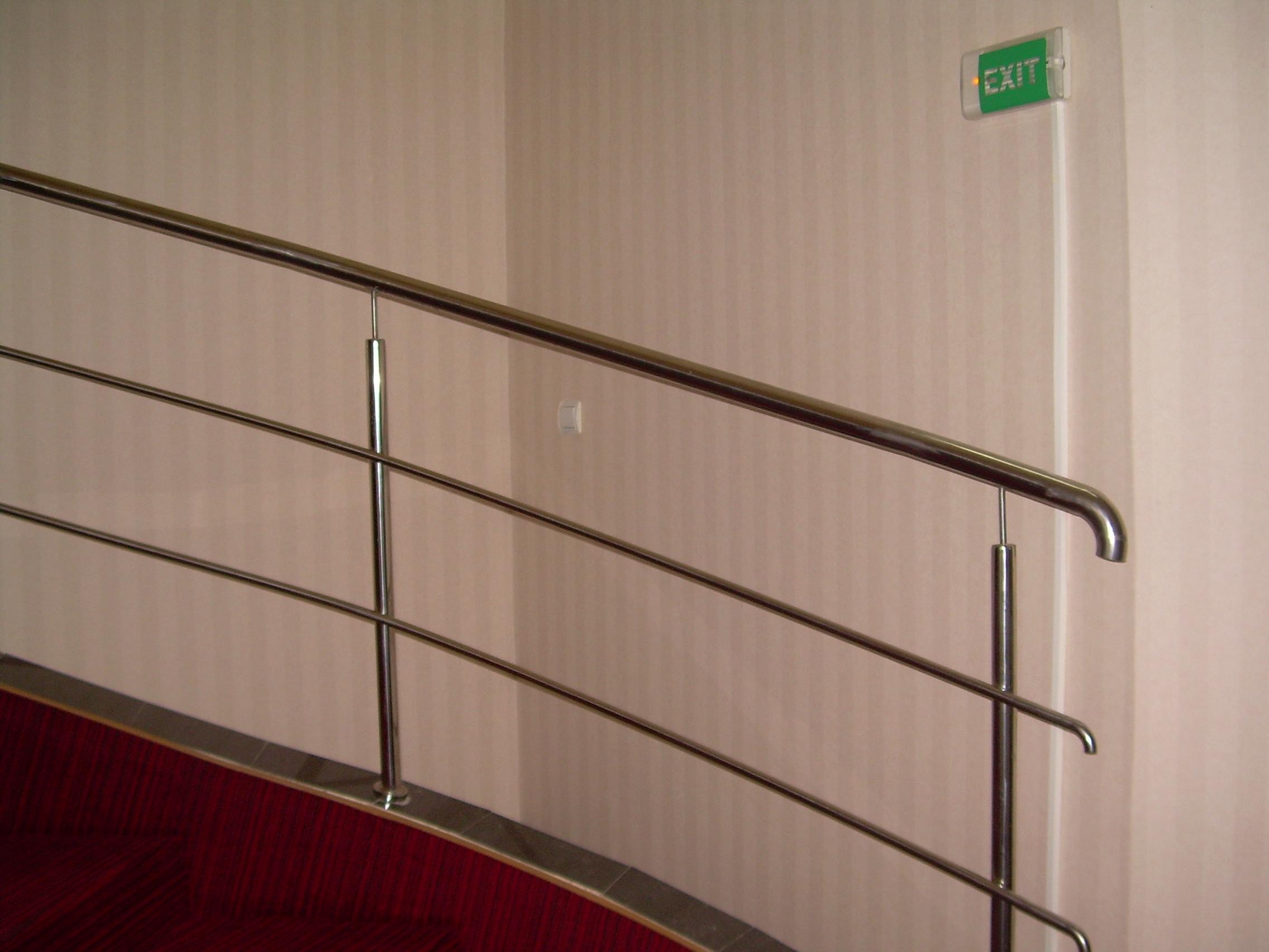 Lucrari de amenajare interioare cu tapet  - Poza 15