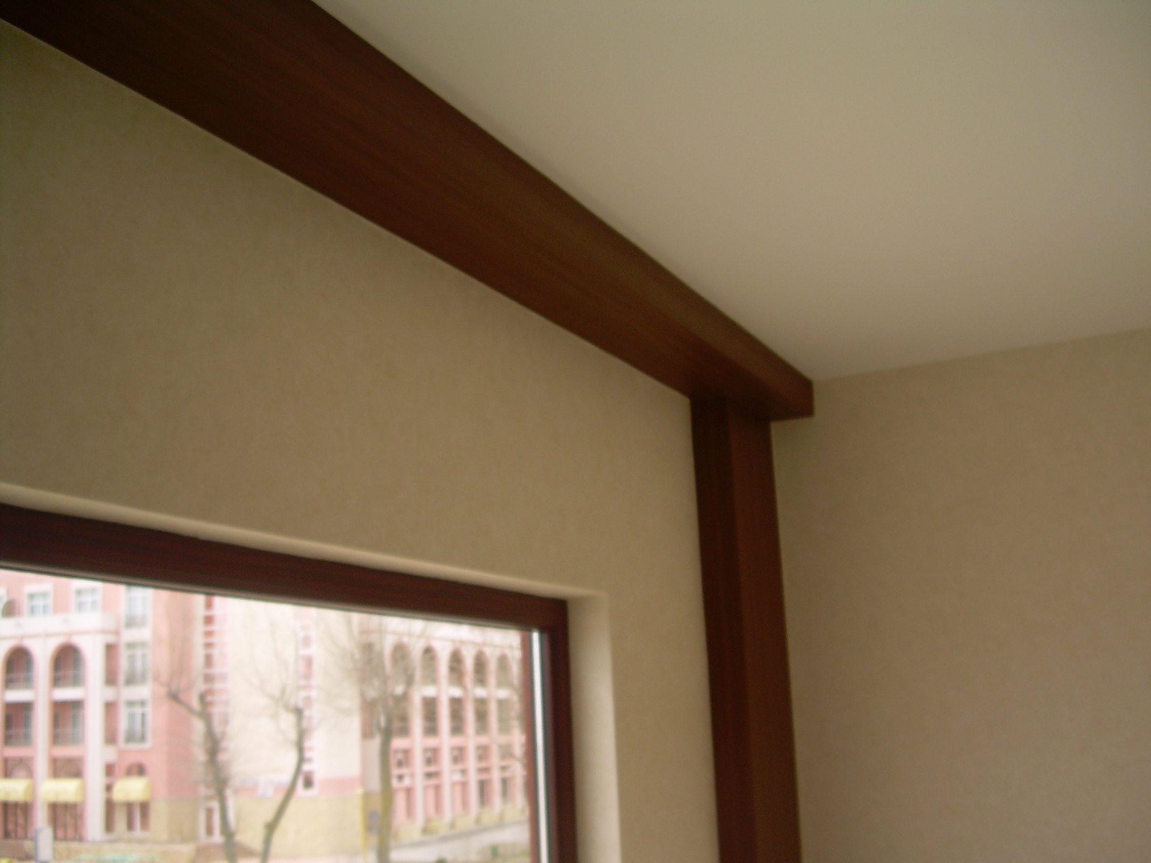 Lucrari de amenajare interioare cu tapet  - Poza 3