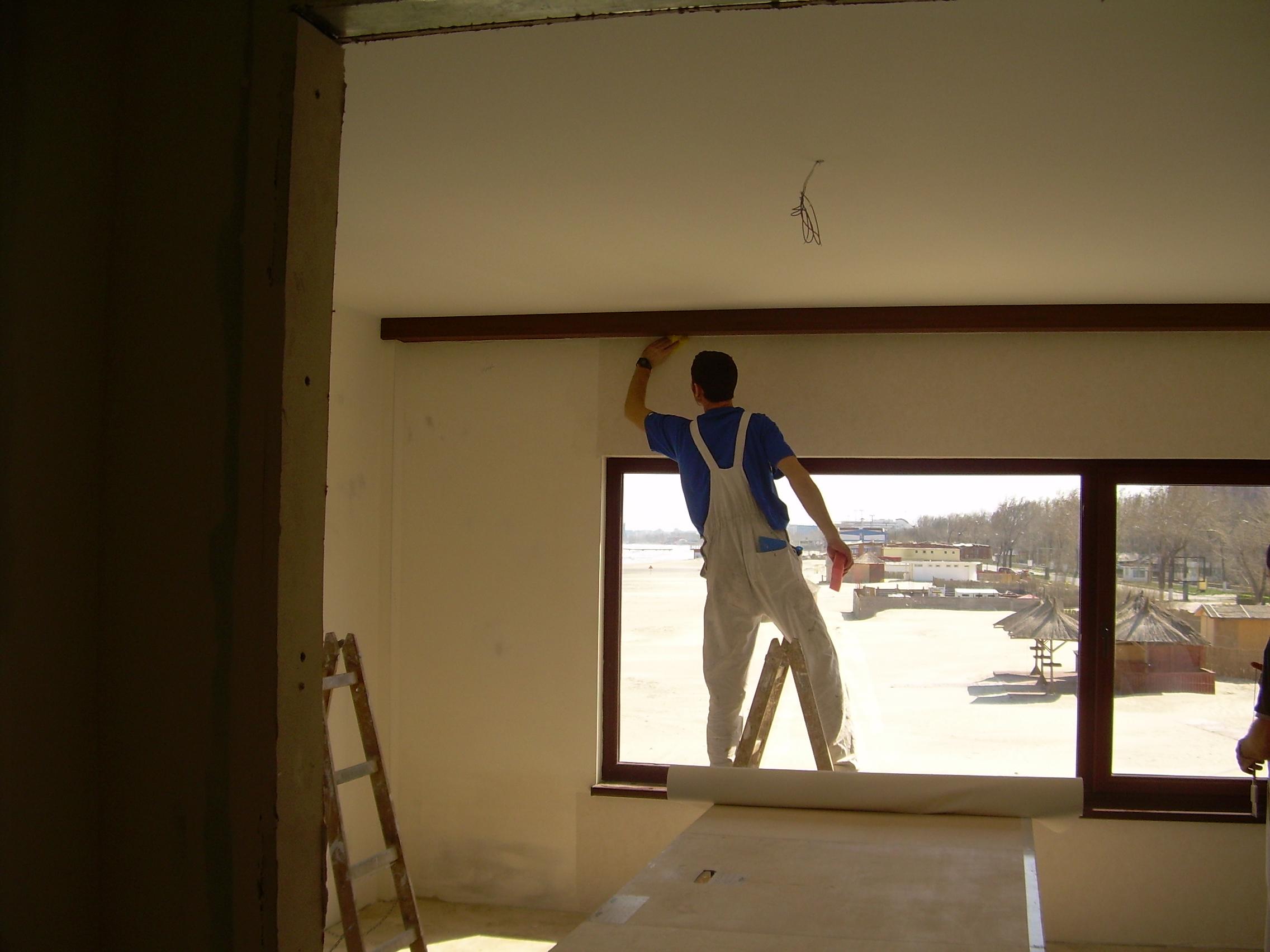 Lucrari de amenajare interioare cu tapet  - Poza 41