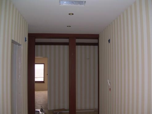 Lucrari de amenajare interioare cu tapet  - Poza 43