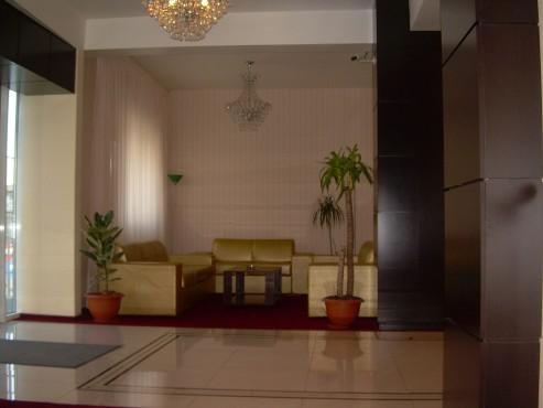 Lucrari de amenajare interioare cu tapet  - Poza 32