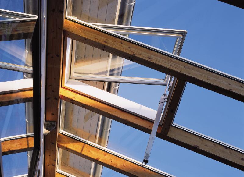 Sisteme de actionare electrica pentru deschiderea ferestrelor prin actionare directa GEZE - Poza 1