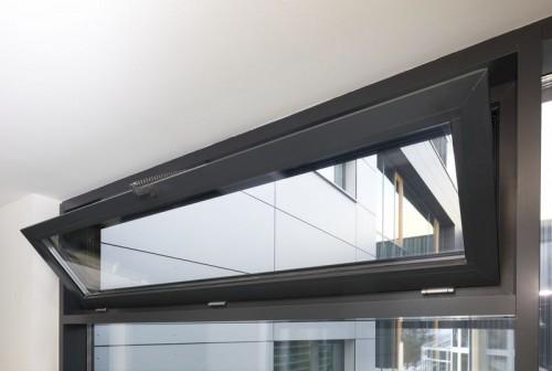 Sisteme de actionare electrica pentru deschiderea ferestrelor prin actionare directa GEZE - Poza 7
