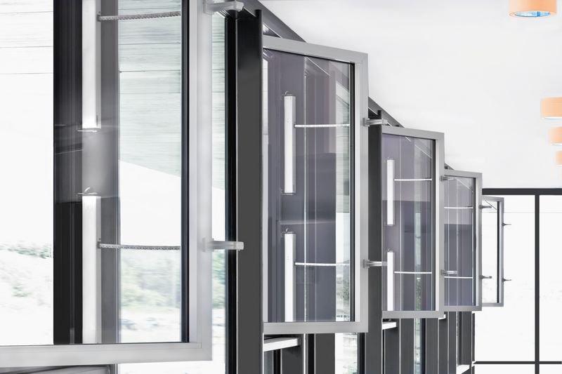 Sisteme de actionare electrice pentru deschiderea ferestrelor GEZE - Poza 7