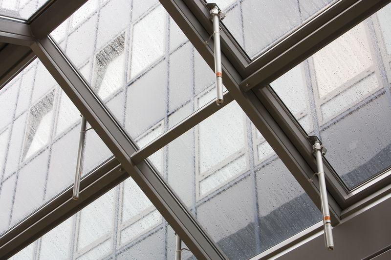 Sisteme de actionare electrice pentru deschiderea ferestrelor GEZE - Poza 13