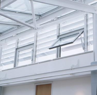 Sisteme de actionare electrice pentru deschiderea si inchiderea ferestrelor GEZE - Poza 1
