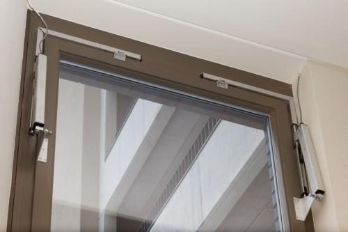Sisteme de actionare electrice pentru deschiderea si inchiderea ferestrelor GEZE - Poza 5