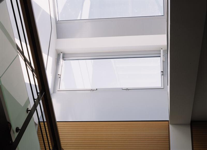 Sisteme de actionare electrice pentru deschiderea si inchiderea ferestrelor GEZE - Poza 11