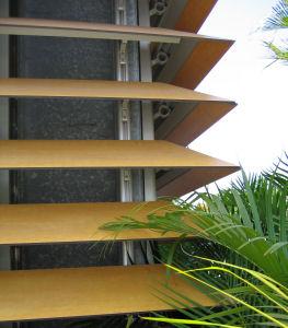 Sistem brissoleil EVERGLADE - lamele lemn EVERGLADE Sisteme de brissoleil-uri