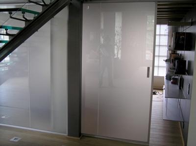 Prezentare produs Sticla speciala GLASSOLUTIONS - Poza 25