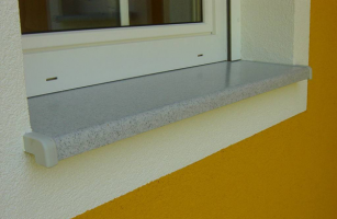 Glafuri de ferestre, interioare si exterioare, din marmura compozita Glafurile de ferestre HELOPAL se pot folosite atat la interior, cat si la exterior. Sunt disponibile in mai multe decoruri, suprefetele putand fi lucioase,mate.