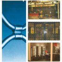 Grilaje si perdele metalice Grilajele metalicesi perdelele metalice FLEXIBLE DOOR CONCEPT satisfac cele mai exigente conditii de calitate si siguranta. Fiind fabricate in Romania sunt imbatabile in ceea ce priveste pretul si perioada de livrare. Grilajele metalice din tuburi ondulate si perdelele metalice sunt solutii complete pentru inchiderea si protejarea spatiilor comerciale, industriale si civile. Acestea pot acoperi suprafete mari oferind adaptabilitate, functionare si protectie.