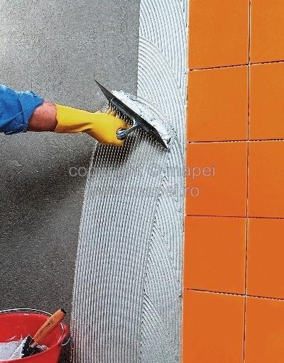 Adezivi pe baza de ciment C1 standard pentru placari MAPEI - Poza 1