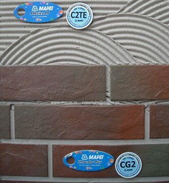 Prezentare produs Adeziv pe baza de ciment MAPEI - Poza 1