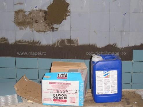 Executie, montaj Granirapid_14 Montare gresie portelanata peste gresie cu Granirapid MAPEI - Poza 14