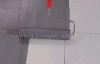 Amorsa pentru tencuieli, sape autonivelante sau adezivi pentru placi ceramice MAPEI