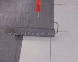 Amorse pentru sape autonivelante, sape de egalizare si adezivi Primer Gamorsa pentru suprafete absorbante,  pe care se toarna sape autonivelante sau se aplica adezivi pe baza de  ciment.