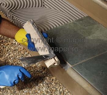 Prezentare produs Kerapoxy Adhesive aplicare MAPEI - Poza 2