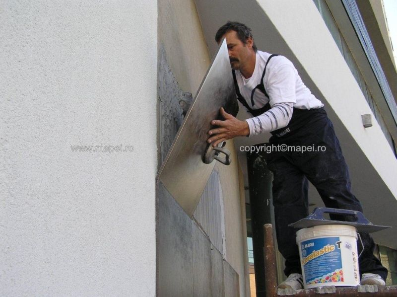 Keralastic T_7 placare cu gresie fatada MAPEI - Poza 7