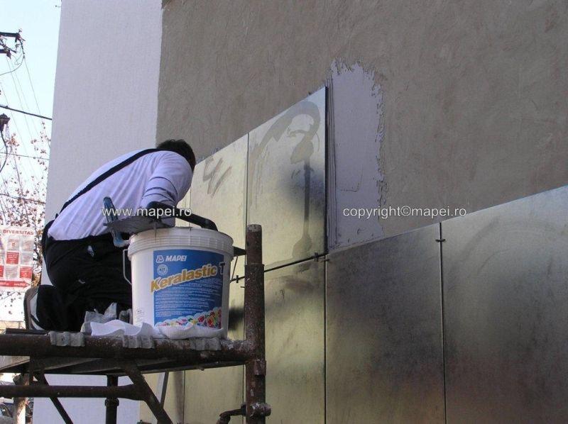 Keralastic T_12 placare pereti gresie 60x60 cm MAPEI - Poza 12