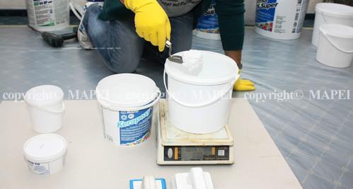 Exemple de utilizare 1 Chit epoxidic cu granule de cuart colorat MAPEI - Poza 1