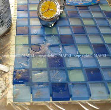 Executie, montaj 10. gel dizolvant adeziv epoxipoliuretanic Pulicol MAPEI - Poza 10
