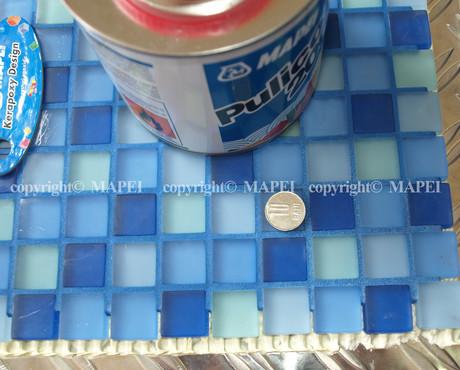 Executie, montaj 12. mozaic curat decapant Pulicol 2000 MAPEI - Poza 12