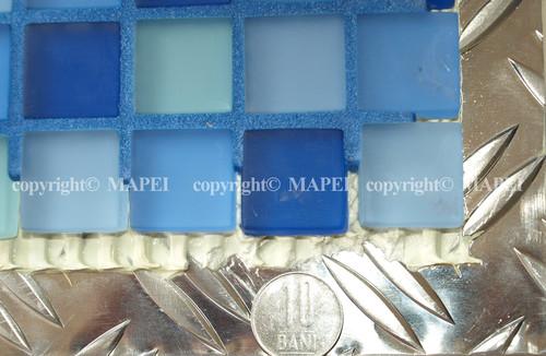 Executie, montaj 13. mozaic sticla lipit pe metal curatat cu Pulicol MAPEI - Poza 13