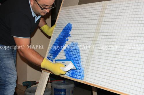 Executie, montaj 10. chituire rosturi cu spatula cauciucata Mapei MAPEI - Poza 10