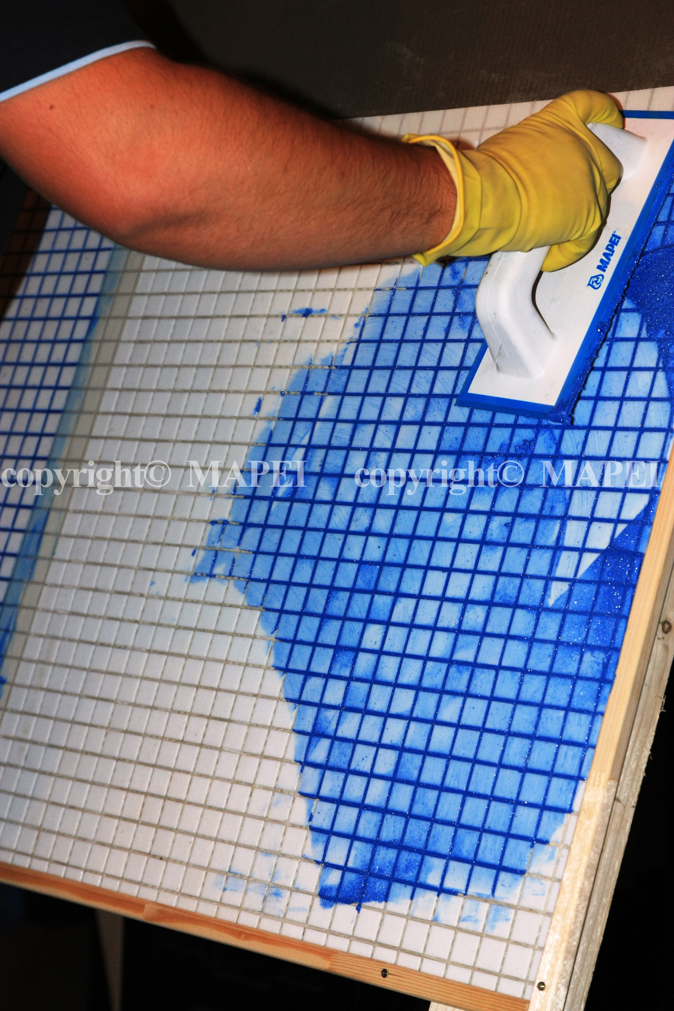 16. spatula rostuire mozaic din sticla MAPEI - Poza 16