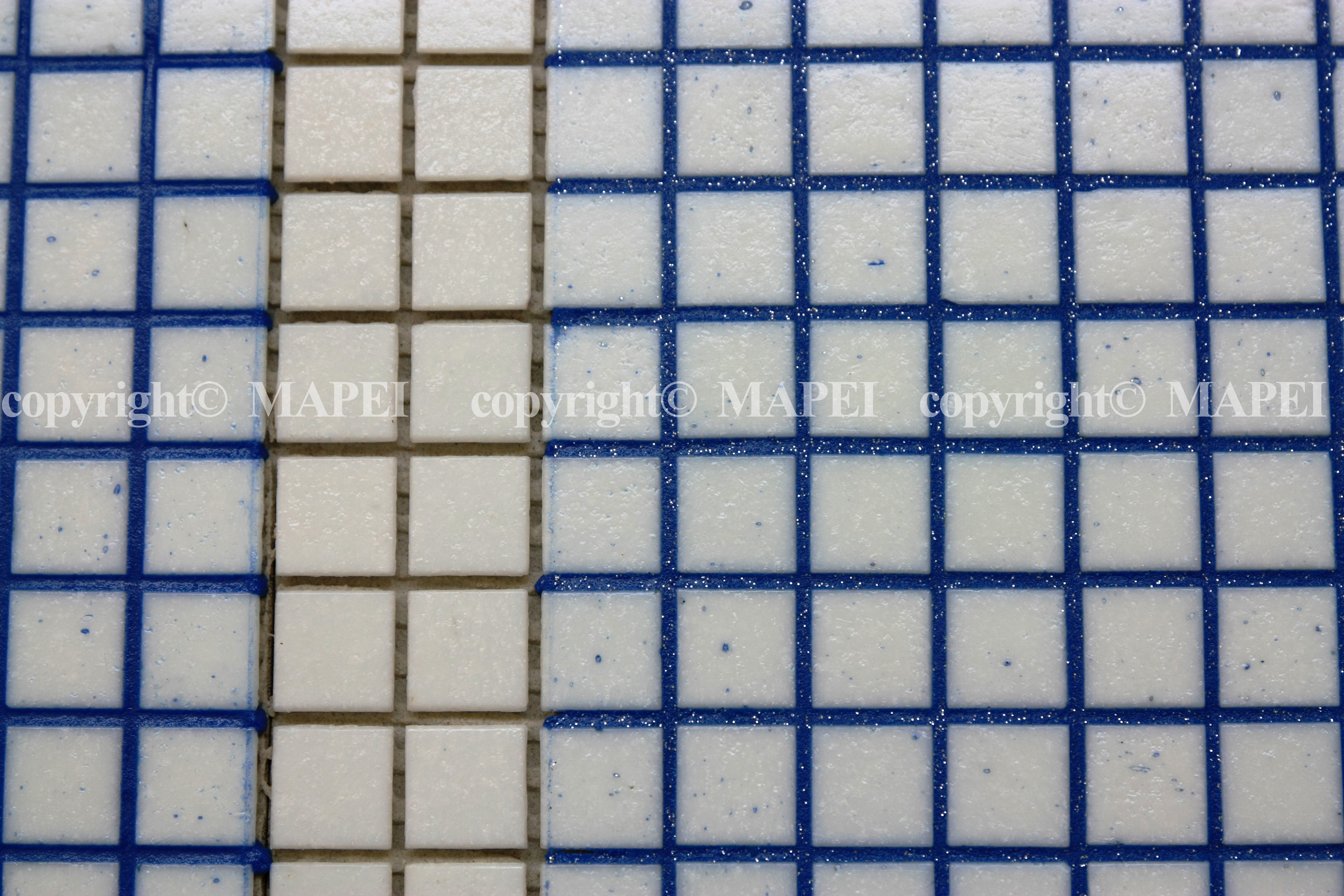 30. mozaic sticla chituit cu chit epoxidic si fulgi metalizati MAPEI - Poza 30