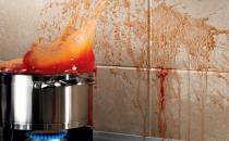 Chituri epoxidice pentru rosturi Kerapoxy chit epoxidic  bicomponent (RG-rasini reactive), cu mare rezistenta la agentii chimici  agresivi, cu inalta rezistenta mecanica la compresiune si abraziune,  pentru rosturi rigide, la placari ceramice interioare sau exterioare,  aplicate la pereti sau pardoseli, supuse agresivitatilor chimice, in  industria alimentara, industria chimica sau in cazul placarilor la  bazine ce vor contine ape termale sau apa de mare.