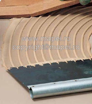 Prezentare produs Adeziv in dispersie apoasa, cu priza rapida pentru lipirea pardoselilor din lemn MAPEI - Poza 1