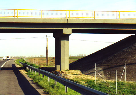 Reparatii pasaje peste Autostrada Bucuresti Pitesti MAPEI - Poza 87