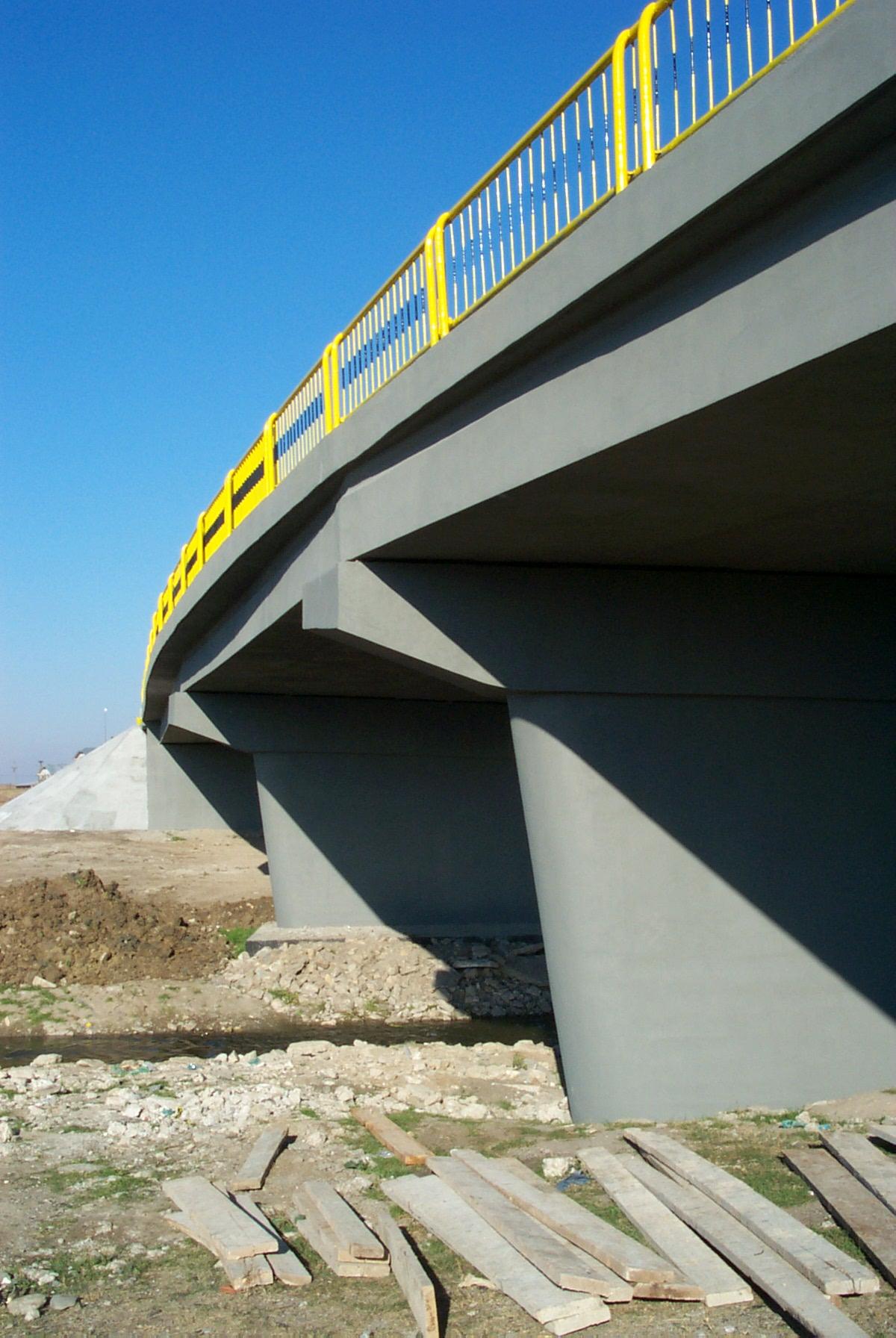 Reparatii pod (DN2), Km. 33 - 028, peste raul Calnistea MAPEI - Poza 119