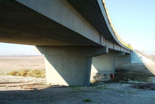 Lucrari de referinta Reparatii pod (DN2), Km. 33 - 028, peste raul Calnistea MAPEI - Poza 121