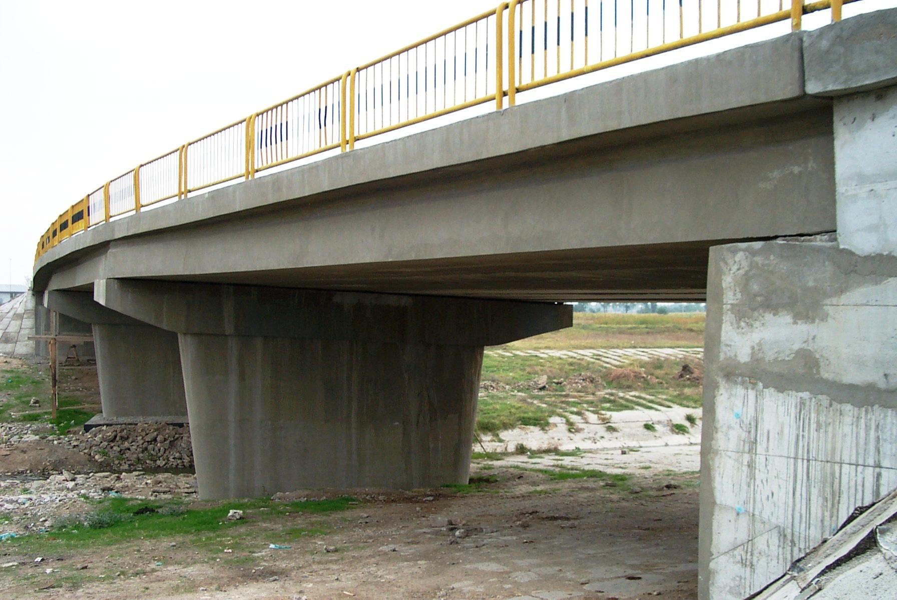 Reparatii pod (DN2), Km. 33 - 028, peste raul Calnistea MAPEI - Poza 113