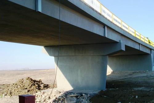 Lucrari de referinta Reparatii pod (DN2), Km. 33 - 028, peste raul Calnistea MAPEI - Poza 124