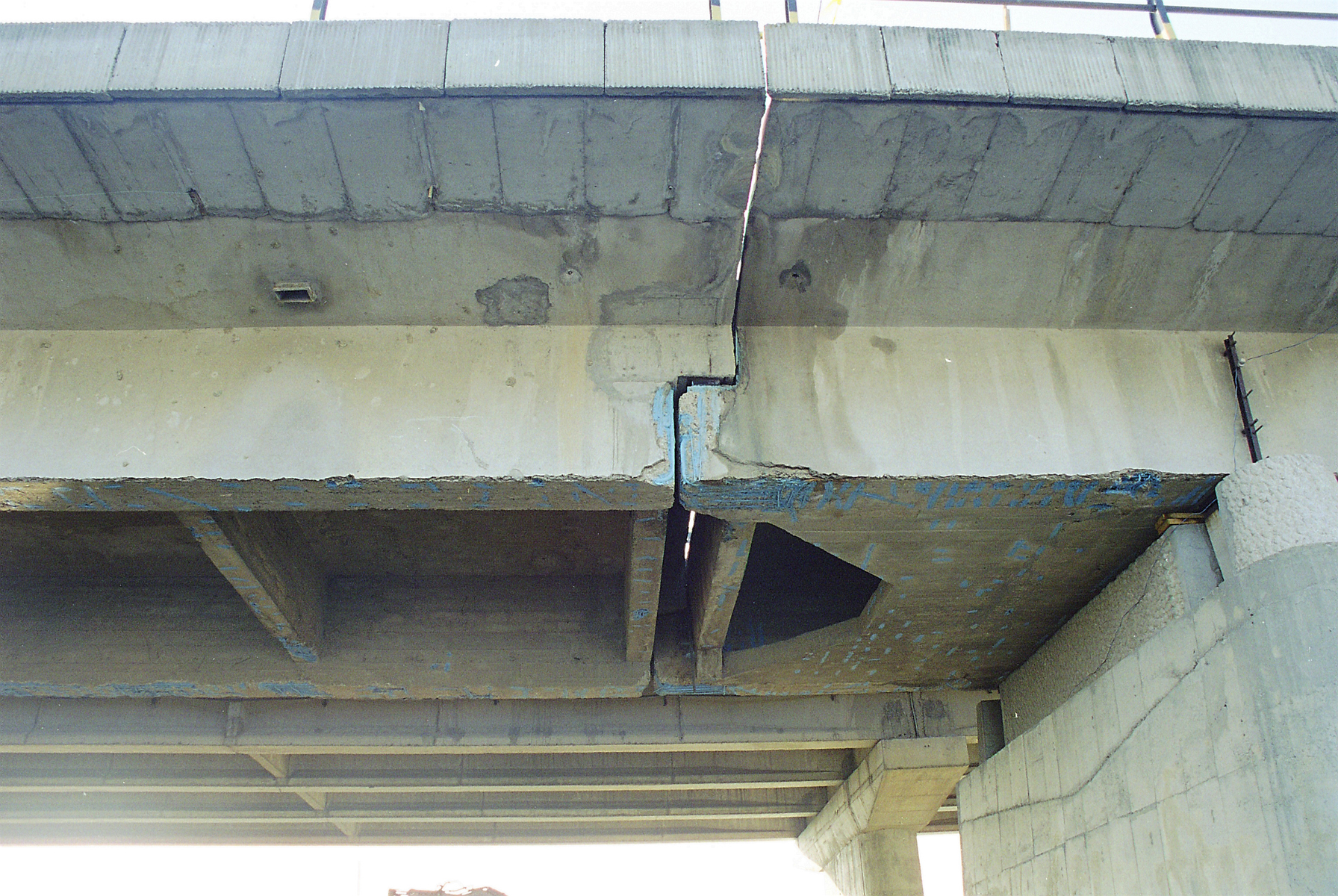 Reparatii pod Roman peste raul Moldova MAPEI - Poza 140