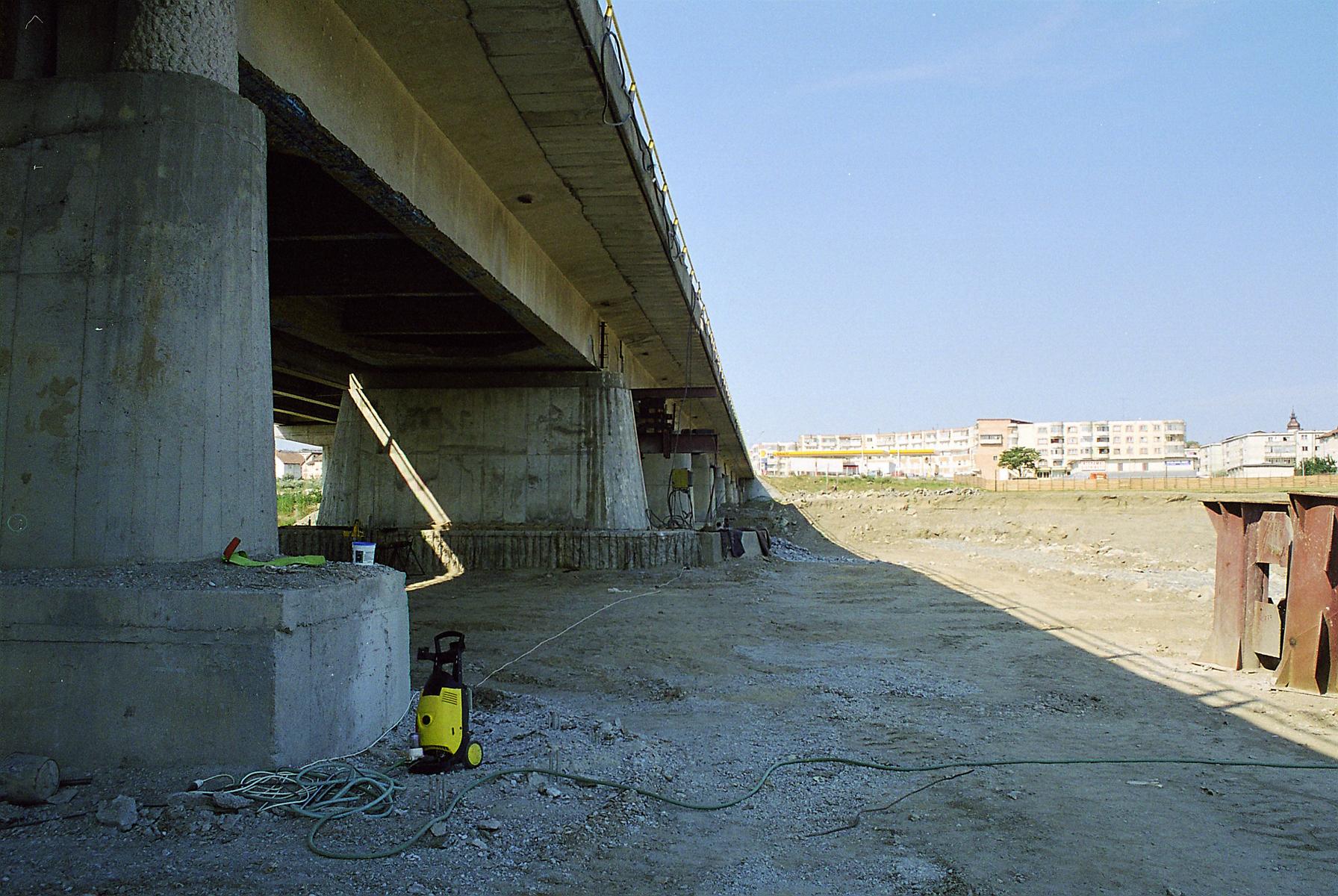 Reparatii pod Roman peste raul Moldova MAPEI - Poza 130