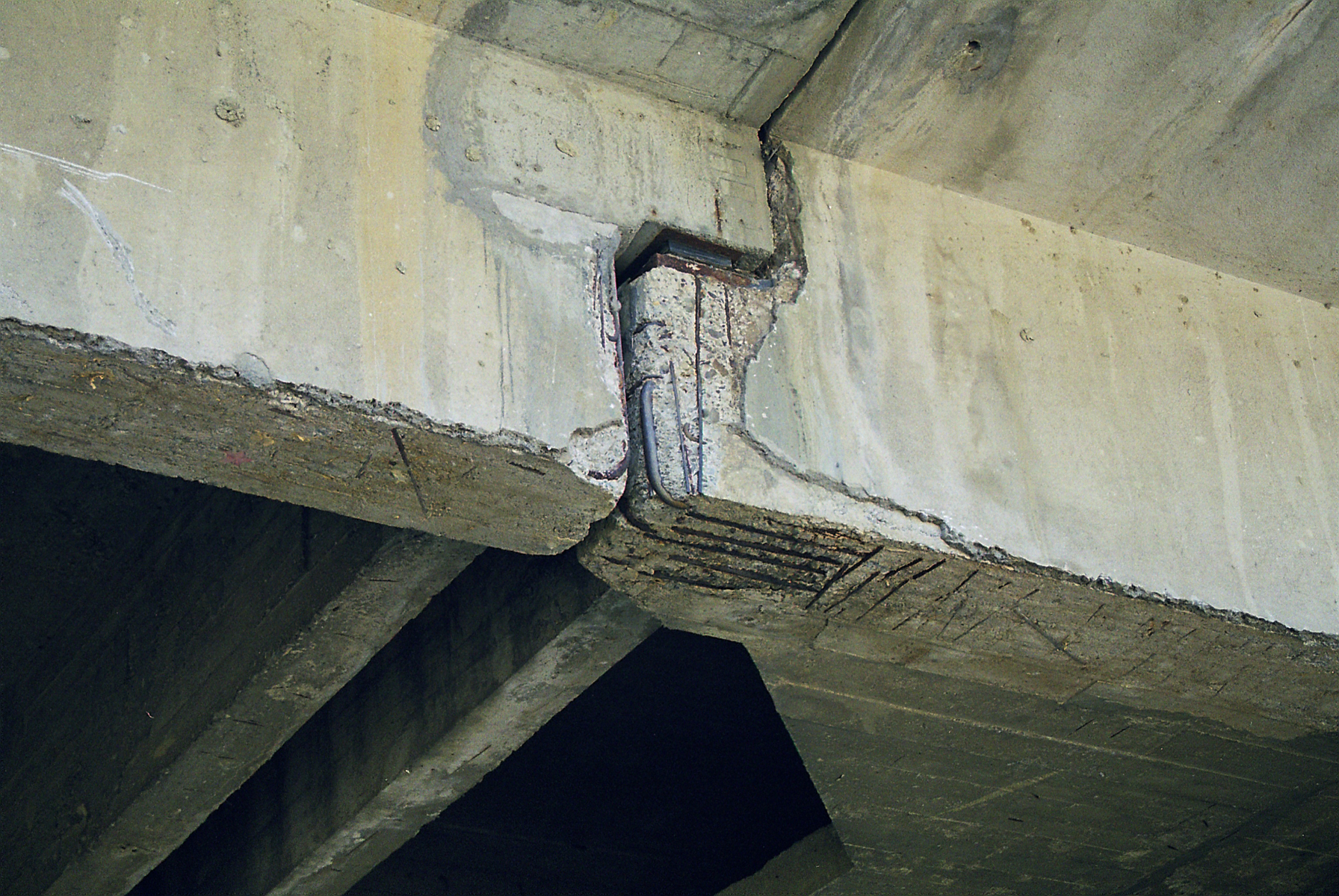 Reparatii pod Roman peste raul Moldova MAPEI - Poza 135