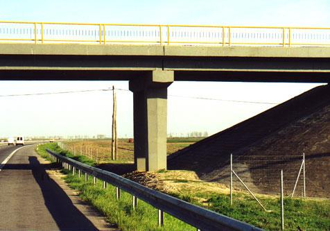 Reparatii pasaje peste Autostrada Bucuresti Pitesti MAPEI - Poza 6