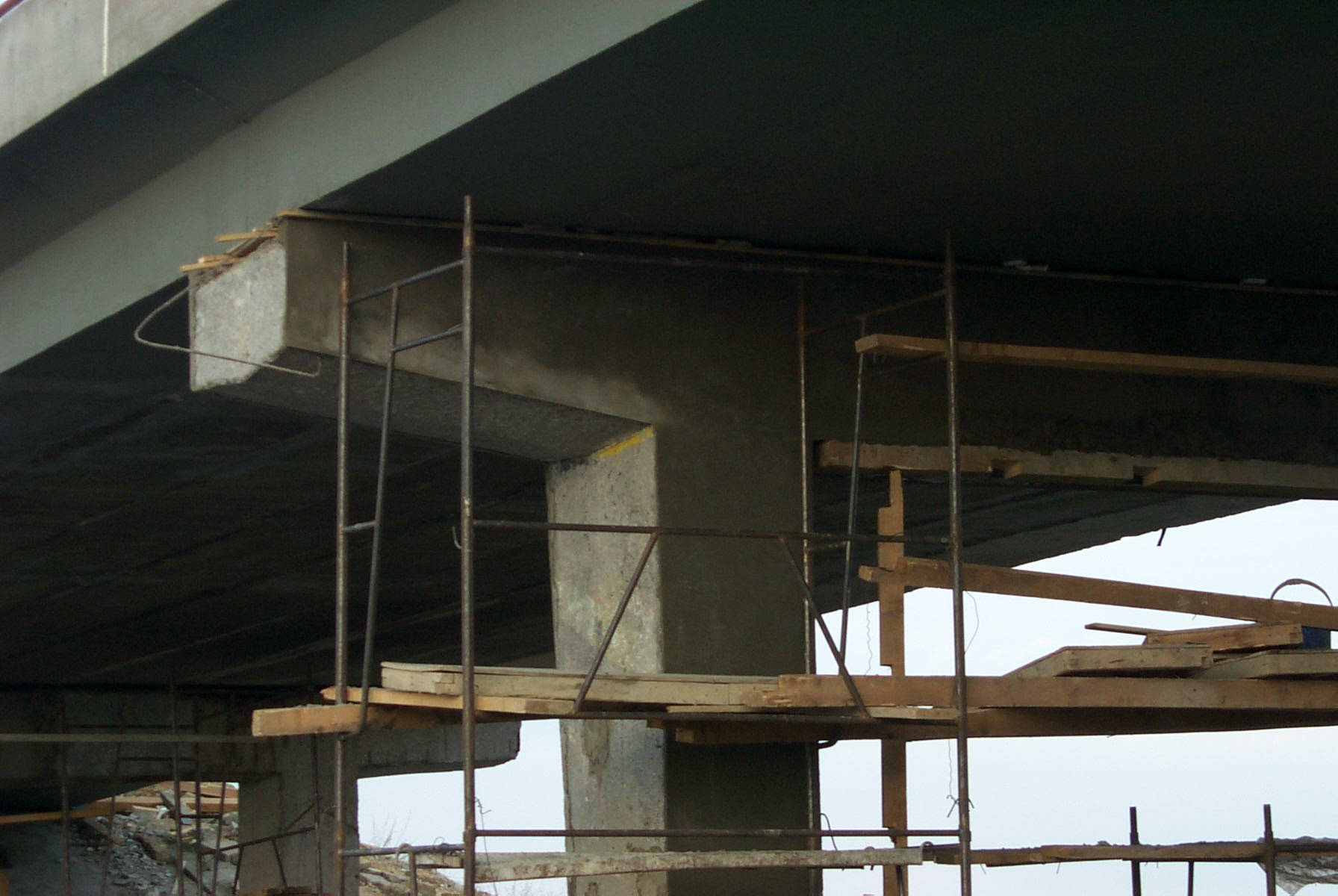 Reparatii pasaje peste Autostrada Bucuresti Pitesti MAPEI - Poza 5