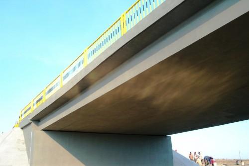 Lucrari de referinta Reparatii pod (DN2), Km. 33 - 028, peste raul Calnistea MAPEI - Poza 26