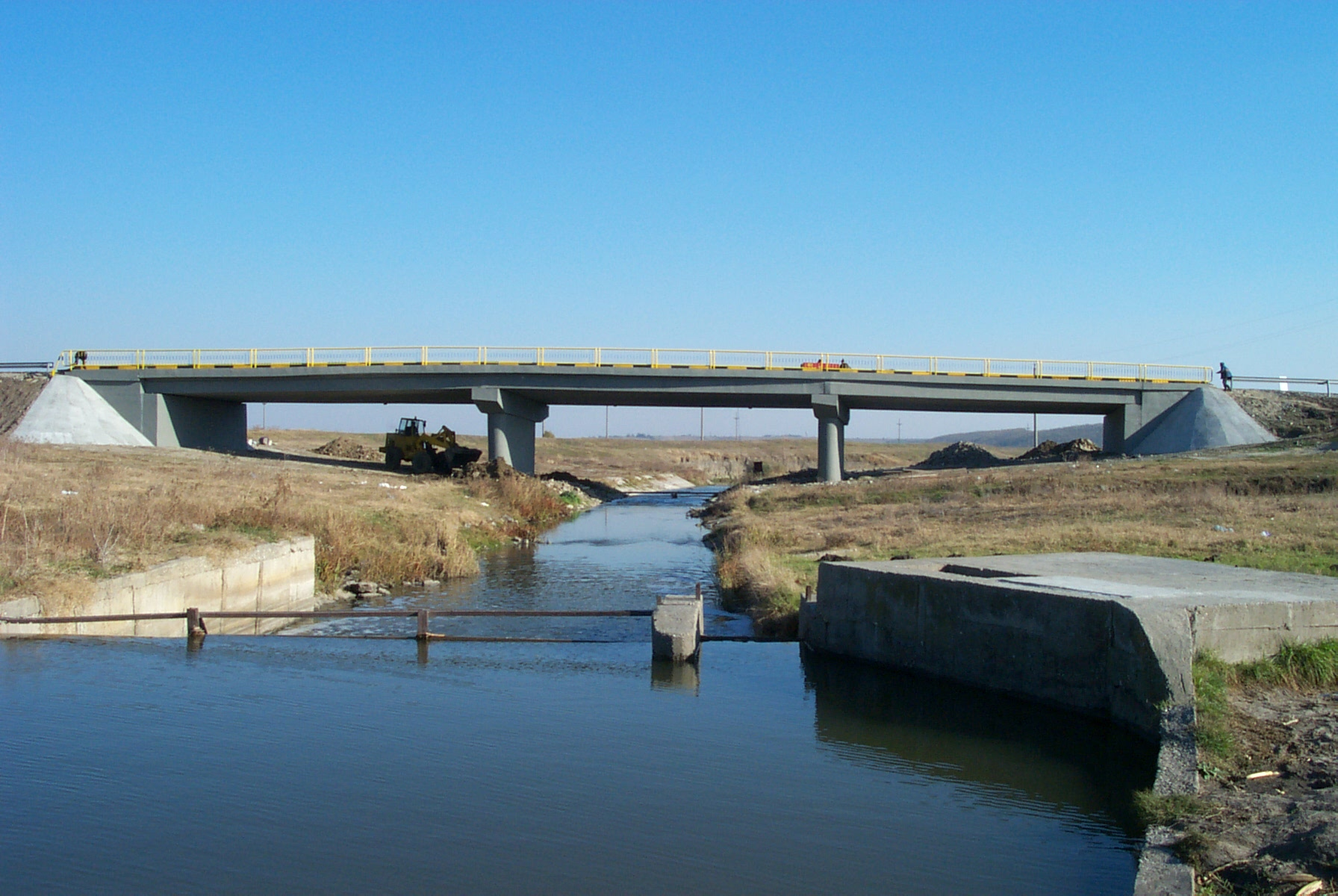 Reparatii pod (DN2), Km. 33 - 028, peste raul Calnistea MAPEI - Poza 16