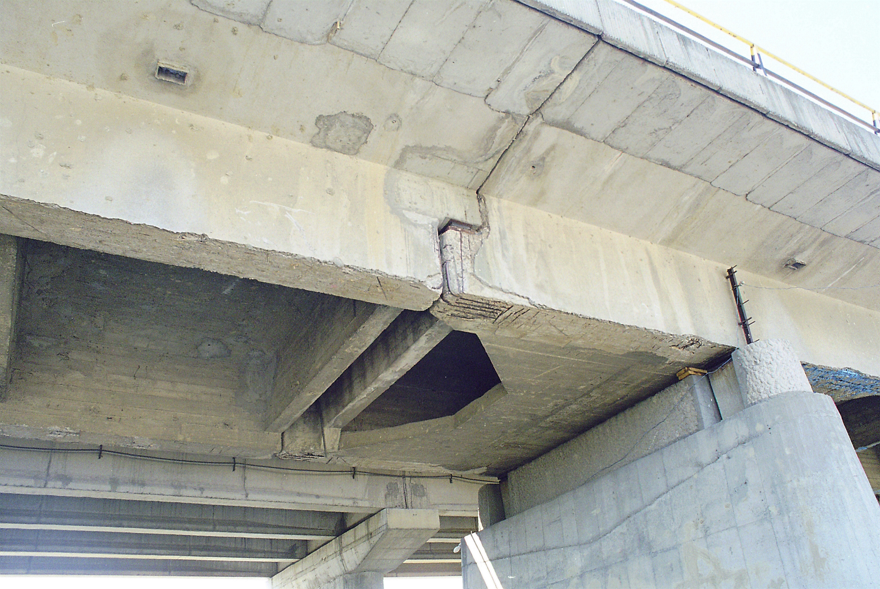 Reparatii pod Roman peste raul Moldova MAPEI - Poza 8