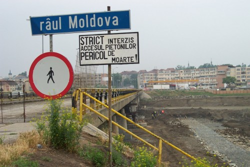 Lucrari de referinta Reparatii pod Roman peste raul Moldova MAPEI - Poza 1