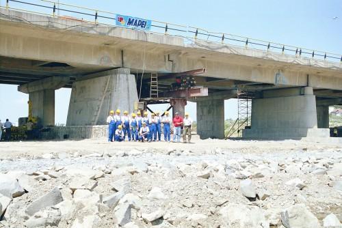 Lucrari de referinta Reparatii pod Roman peste raul Moldova MAPEI - Poza 4